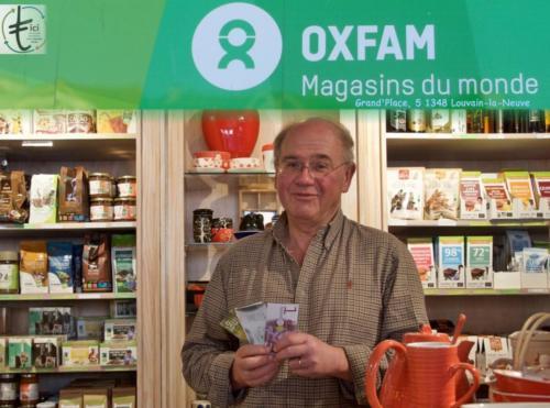30 OXFAM magasin du monde LLN